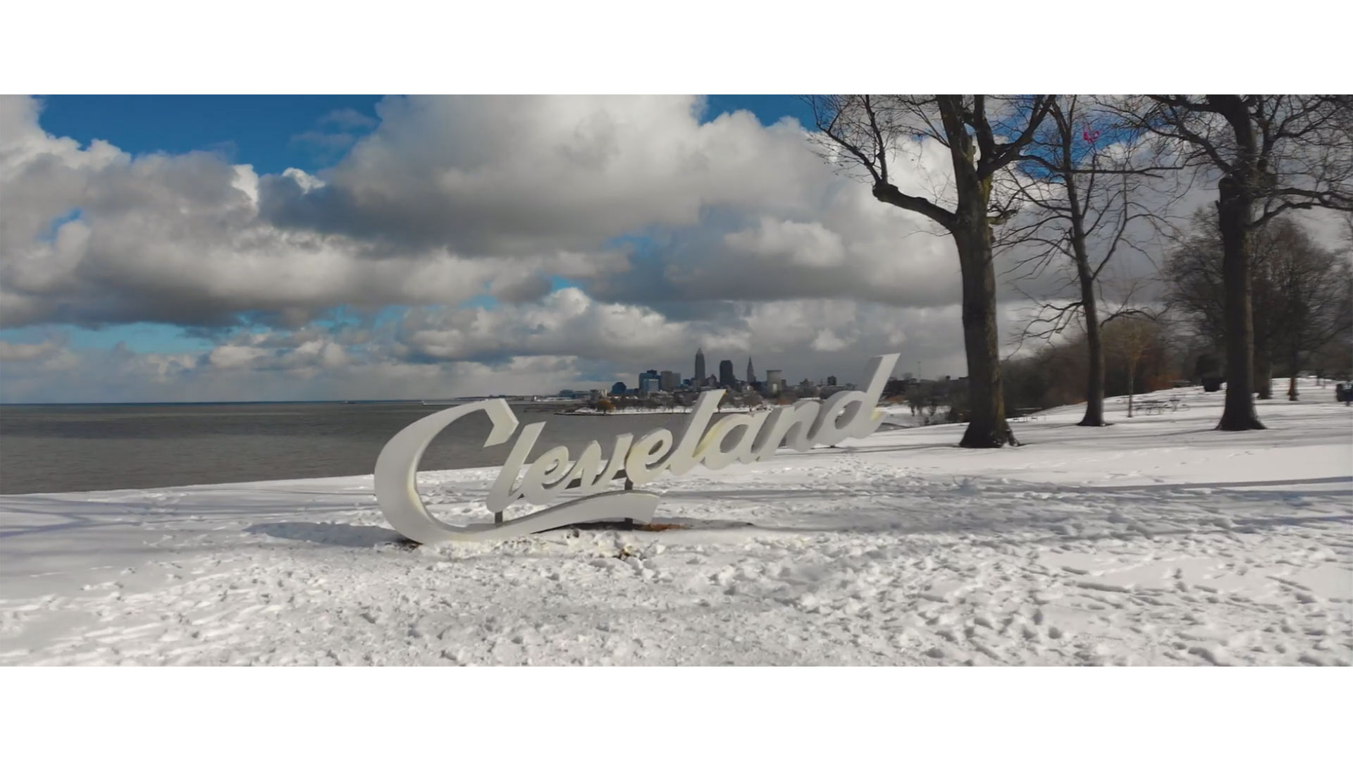 Cold morning in Cleveland at Edgewater Park